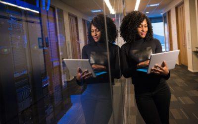 Créer son entreprise en restant salarié : 4 pistes à explorer
